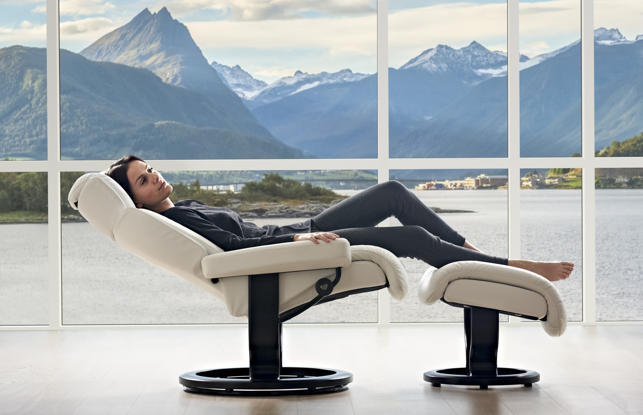 The Beautiful Magic Stressless Recliner is Magically relaxing!