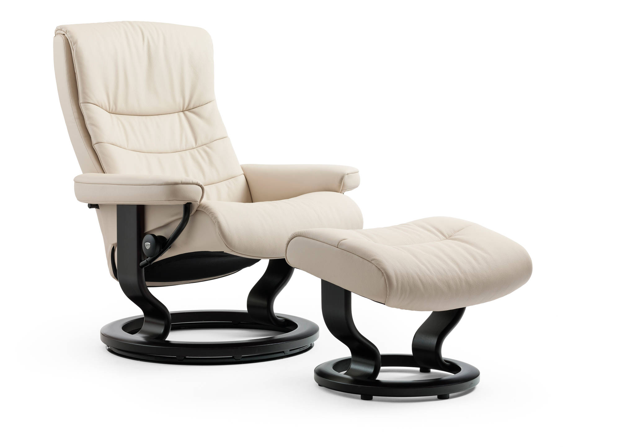 Nordic Medium Stressless Recliner- Vanilla Cori Leather