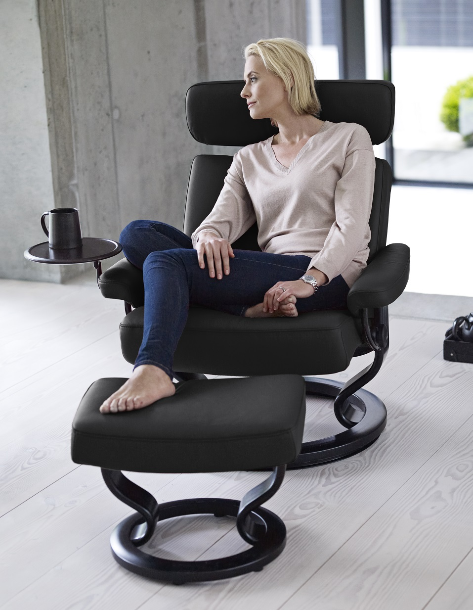 Stressless Taurus Rock Paloma Leather with Swing Table
